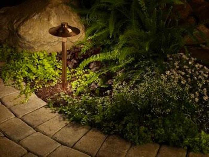 Landscape lighting led and solar garden lights mozeypictures Image collections